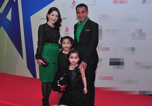 Thời trang đôi thú vị của gia đình sao - 7