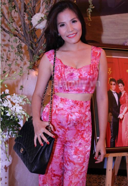 Sao Việt đổ xô theo mốt sexy nhất hè - 12