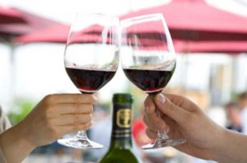 Rượu vang giúp giảm nguy cơ loãng xương - 2