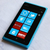 Thit b chy Windows Phone 8 s xut hin ti Nokia World