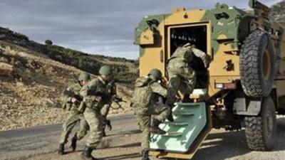 Quân đội Thổ Nhĩ Kỳ tiến vào Syria - 1