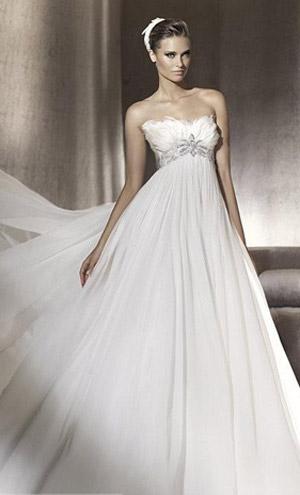 Chọn váy cưới cho cô dâu lùn - 6