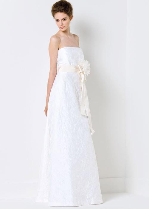 Chọn váy cưới cho cô dâu lùn - 7