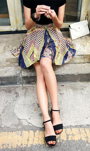3 phong cách với kiểu váy xòe ấn tượng - 7