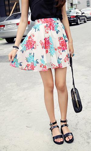 3 phong cách với kiểu váy xòe ấn tượng - 8