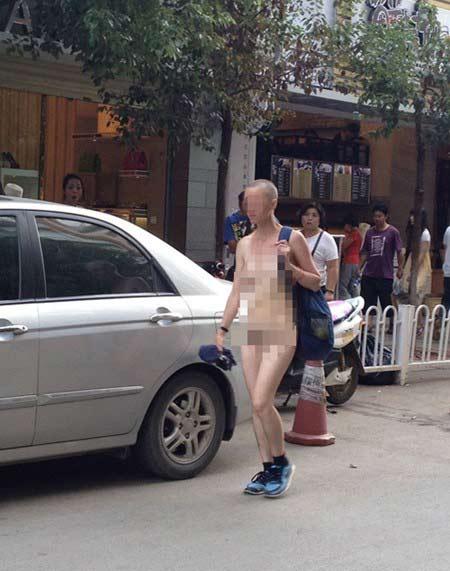 Những câu chuyện nude náo loạn đường phố - 1