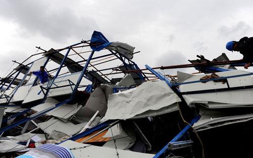 Chùm ảnh: Bão Haikui tàn phá Trung Quốc - 5