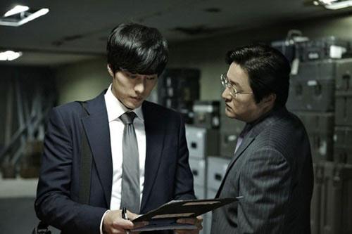 So Ji Sub làm nóng mảng phim hành động - 1