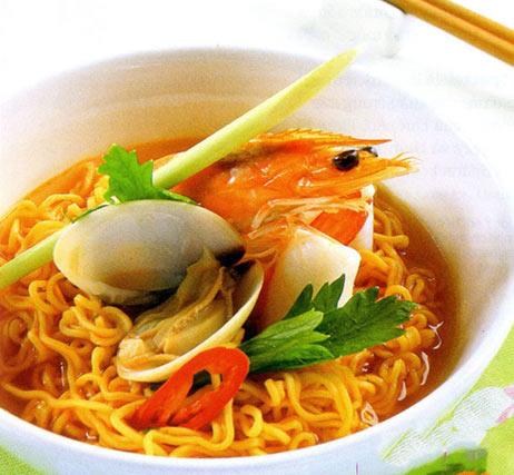 Bát mì ngon dễ làm với hải sản, cá lóc - 2