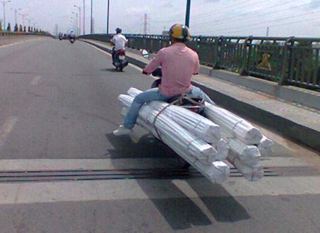 Phong cách Giao thông chỉ ở Việt Nam (4) - 2