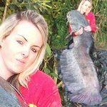 Phi thường - kỳ quặc - Cô gái 20 tuổi phá kỷ lục câu cá