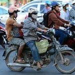 """Tin tức trong ngày - Cấm xe máy cũ: Lo lắng từng """"bát cơm"""""""