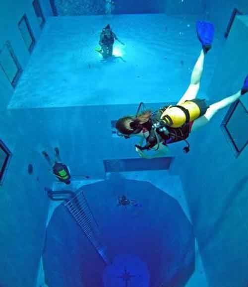 Khám phá hồ bơi sâu nhất thế giới - 4