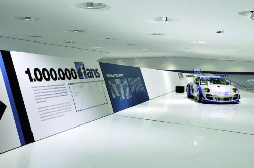 Video: Bí mật bên trong bảo tàng Porsche - 2