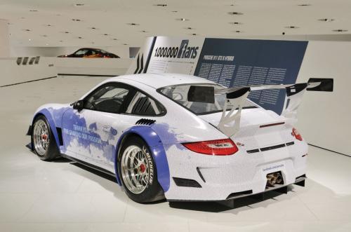 Video: Bí mật bên trong bảo tàng Porsche - 3