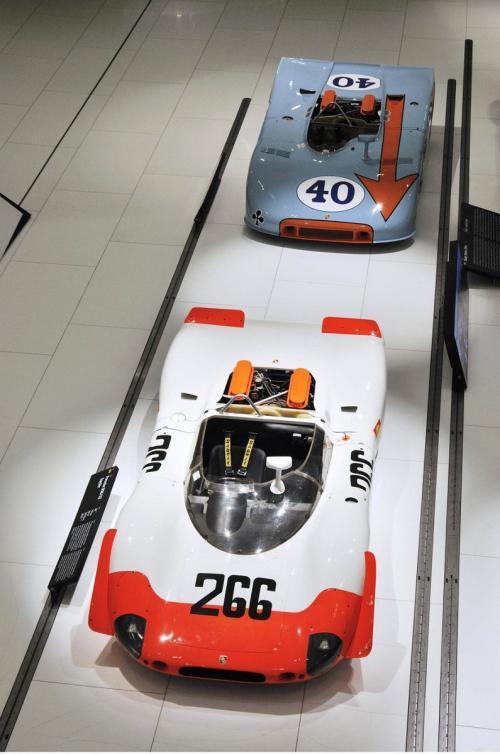 Video: Bí mật bên trong bảo tàng Porsche - 4