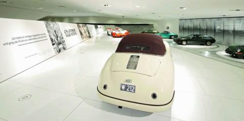 Video: Bí mật bên trong bảo tàng Porsche - 5