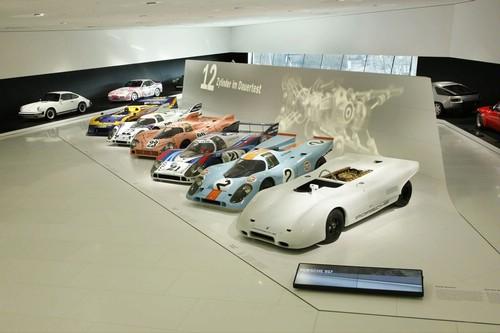 Video: Bí mật bên trong bảo tàng Porsche - 6