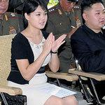 Thời trang - Vợ chủ tịch Kim Jong-un lên bìa Vouge