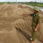 An ninh Xã hội - Xác cô gái lõa thể, đứt bàn tay vùi dưới cát