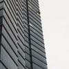 Gió giật rơi kính từ tầng 22 tòa nhà Keangnam