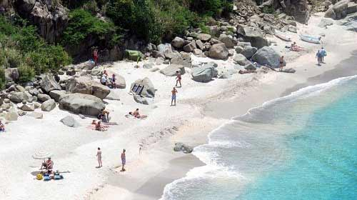 Những bãi biển vỏ sò tuyệt đẹp của thế giới - 9