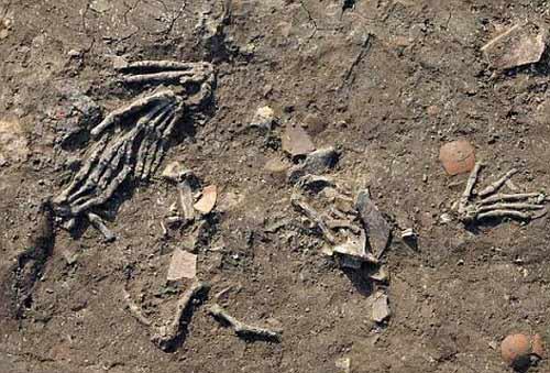 16 bàn tay bị chôn vùi ở Ai Cập - 2