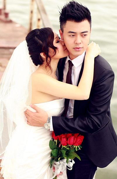 """MC Tuấn Tú """"hụt hẫng sau khi kết hôn"""" - 2"""