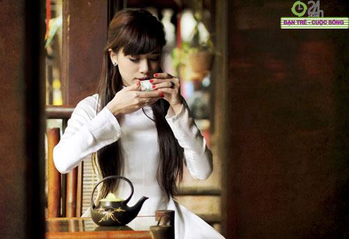 Hot girl Việt tinh khôi với áo dài trắng - 17