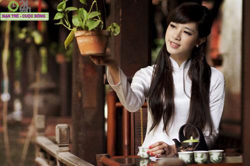 Hot girl Việt tinh khôi với áo dài trắng - 18