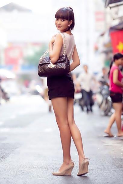 Sao Việt mặc gì xuống phố? - 6