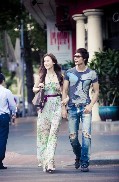 Sao Việt mặc gì xuống phố? - 16