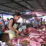 Tin tức trong ngày - Chỉ bán thịt trong 8 giờ: Quy định cho vui?