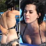 Thời trang - Katy Perry bị sóng đánh... tụt quần