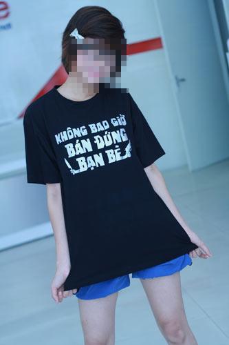 Phản cảm slogan trên áo - 1