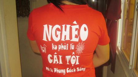 Phản cảm slogan trên áo - 2