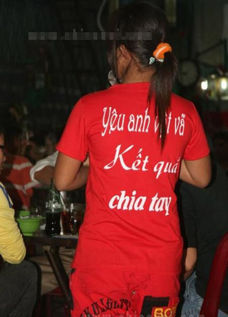 Phản cảm slogan trên áo - 3