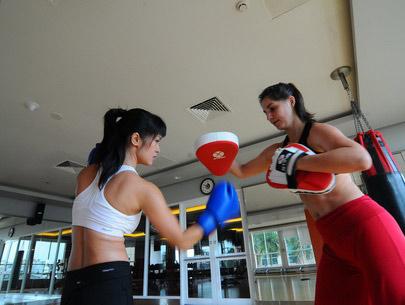 Kiều nữ Việt bốc lửa trên sàn boxing - 5