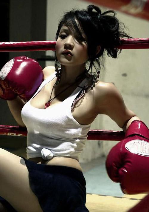 Kiều nữ Việt bốc lửa trên sàn boxing - 9