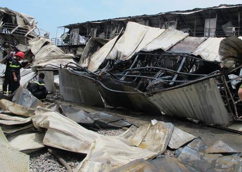 Hải Phòng: Khu công nhân Trung Quốc cháy lớn - 3