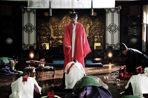 Cảnh động phòng của Lee Byung Hun - 13
