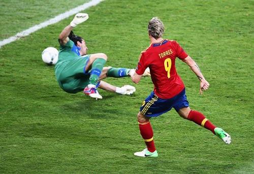 Chelsea: Thành bại tại Torres - 1