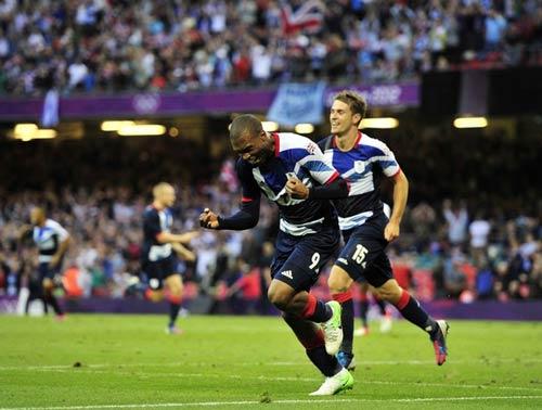 Chelsea: Thành bại tại Torres - 2