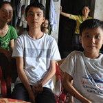 Tin tức trong ngày - Dân nghèo khốn đốn lo tiền trường cho con