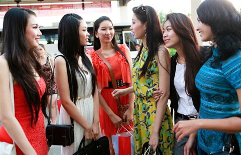 Bừng sắc phố biển Đà Nẵng - 11