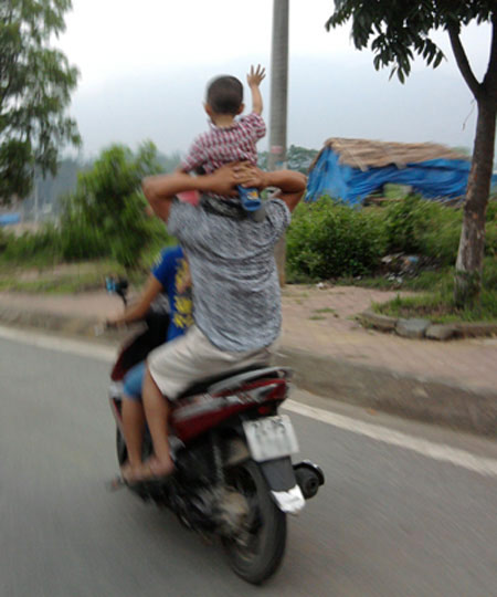 Phong cách Giao thông chỉ ở Việt Nam (4) - 9