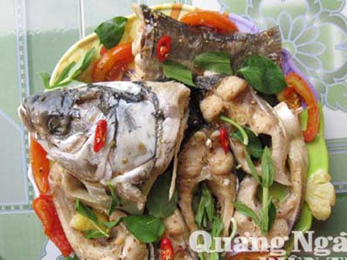 Béo thơm bánh tráng cuốn cá mè luộc - 2
