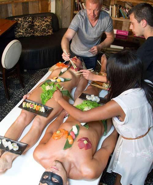500 đôla một bữa sushi trên mẫu nude - 1