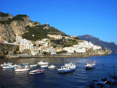 Ngất ngây 8 bãi biển đẹp nhất Italy - 1