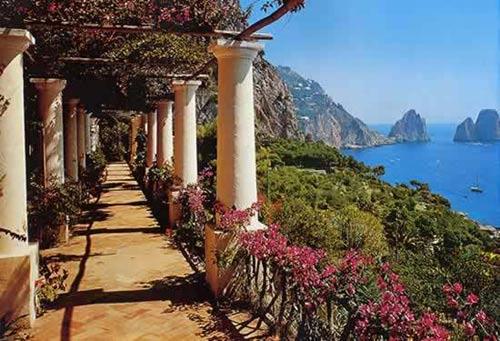 Ngất ngây 8 bãi biển đẹp nhất Italy - 2